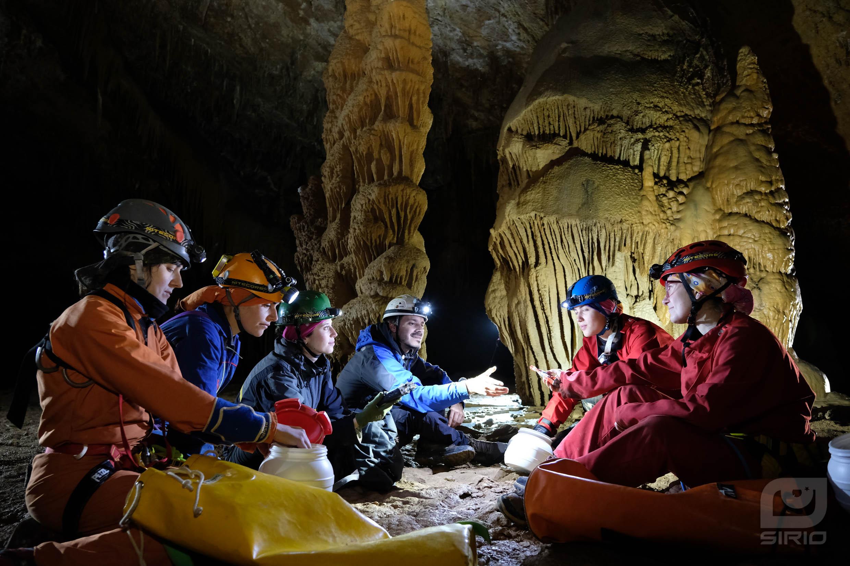 Cavers eating